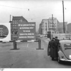 Checkpoint Charlie photo (3)